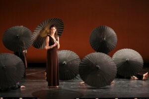 a-DidoAeneas_Bard Umbrellas